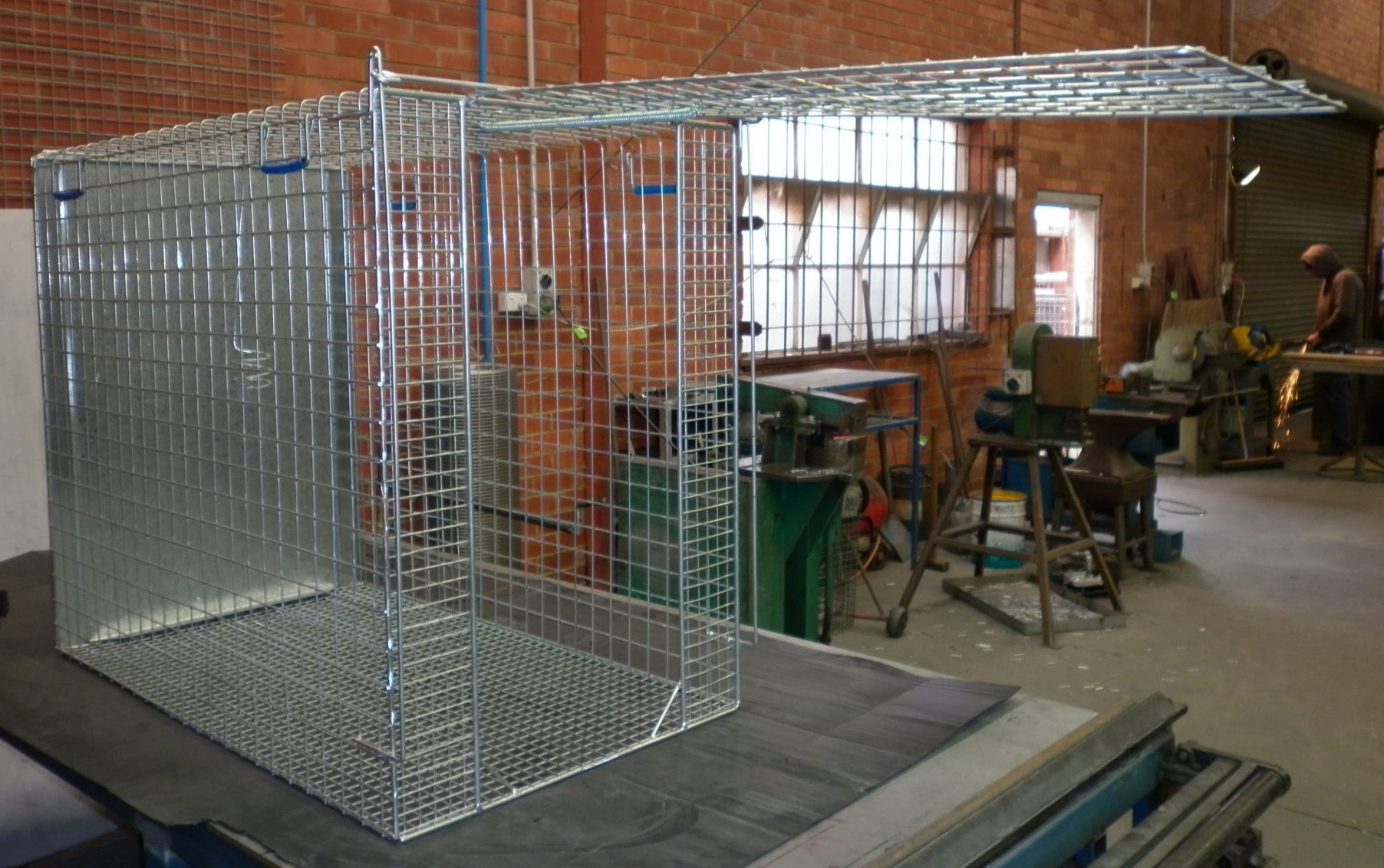 Detail image of Wiretainers Dog Trapfrom Automatic Wire
